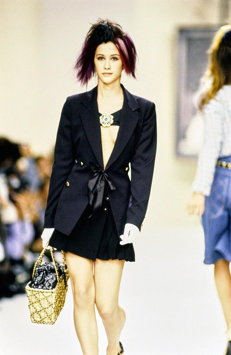 Chanel Catwalk Basket Bag, Spring / Summer 1990s For Sale 10