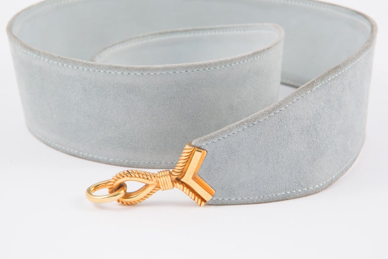 Light blue sky suede large leather Hermès 'Cordeaux' belt featuring a plated gold hook fastening, a matching lamb leather inside lining. Stamp Hermès Paris In excellent vintage condition. Made in France. We guarantee you will receive this gorgeous