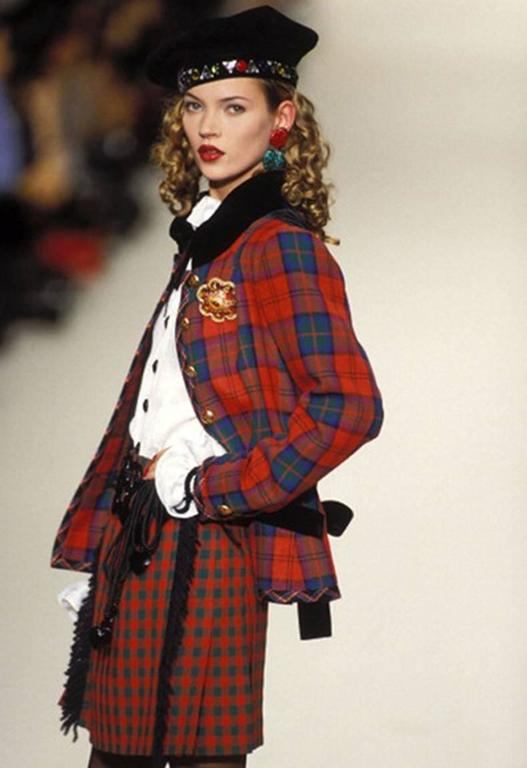 1994s Yves Saint Laurent Collector Red and Green Wool Tartan Jacket 8