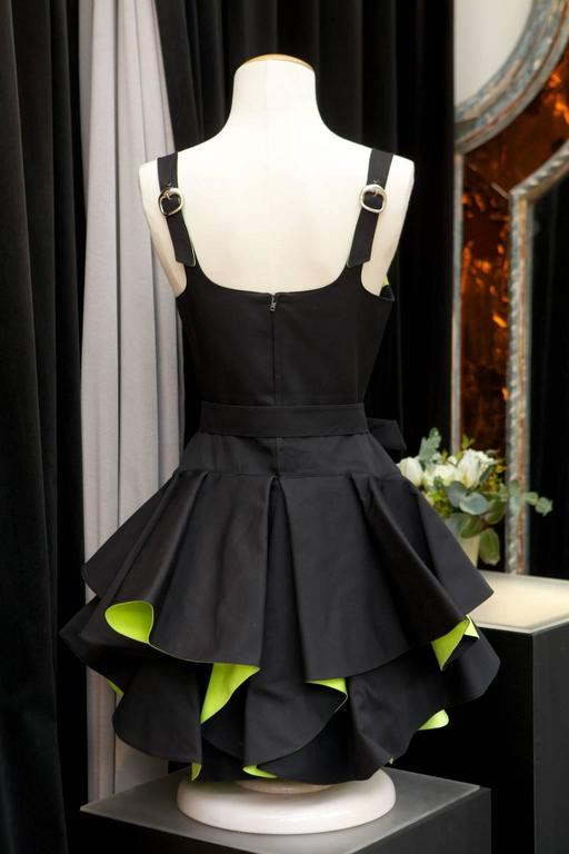 1990s Thierry Mugler Black and Green Dress In Excellent Condition For Sale In Paris, FR