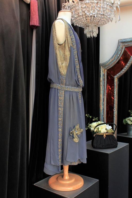 1920s Night Blue and Goldtone Lame Dress In Good Condition For Sale In Paris, FR