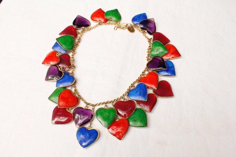 Yves Saint Laurent multicolor glass paste hearts necklace, 1960s  In Excellent Condition For Sale In Paris, FR