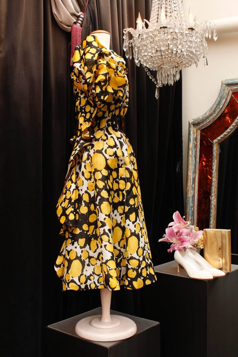 1980s, Christian Lacroix yellow, black and white organza puffy dress In Excellent Condition For Sale In Paris, FR