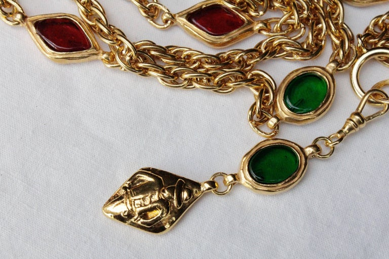 1990s, Chanel long gilded metal necklace with ruby and emerald elements For Sale 2