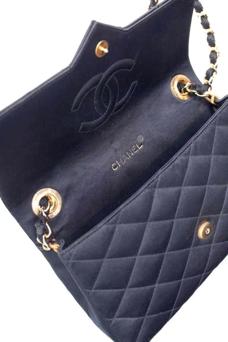 Chanel black satin clutch with golden hardware For Sale 3
