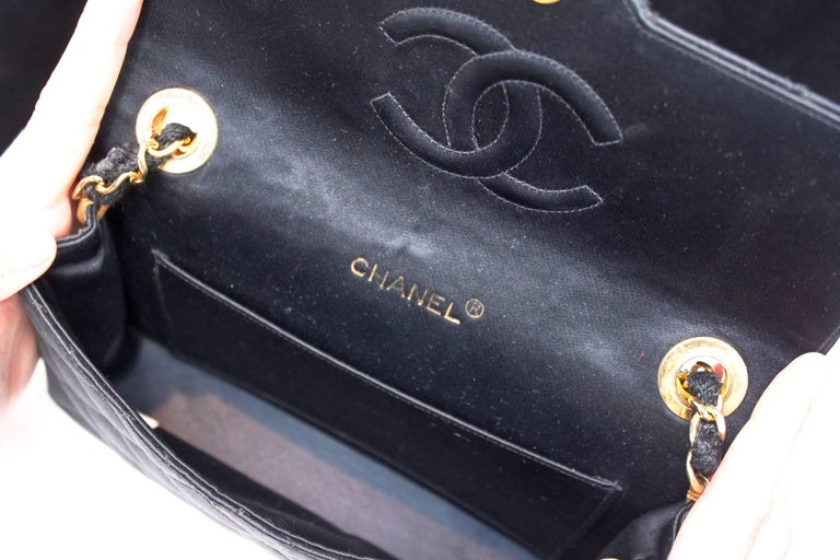 Chanel black satin clutch with golden hardware For Sale 2