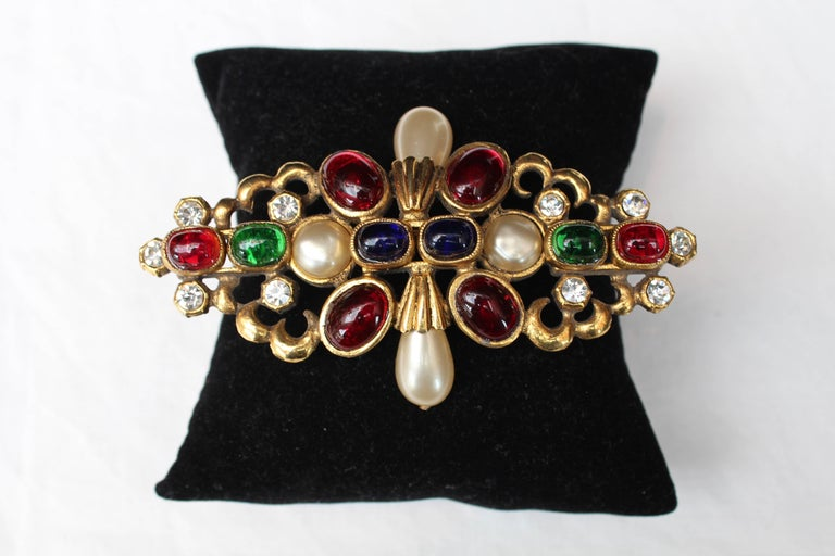 1984 Chanel gilted metal brooche with glass paste cabochons 2
