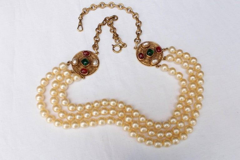 1984 Chanel long multi strand pearly necklace  4