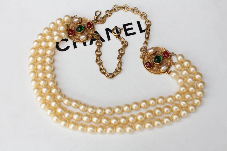 1984 Chanel long multi strand pearly necklace  3