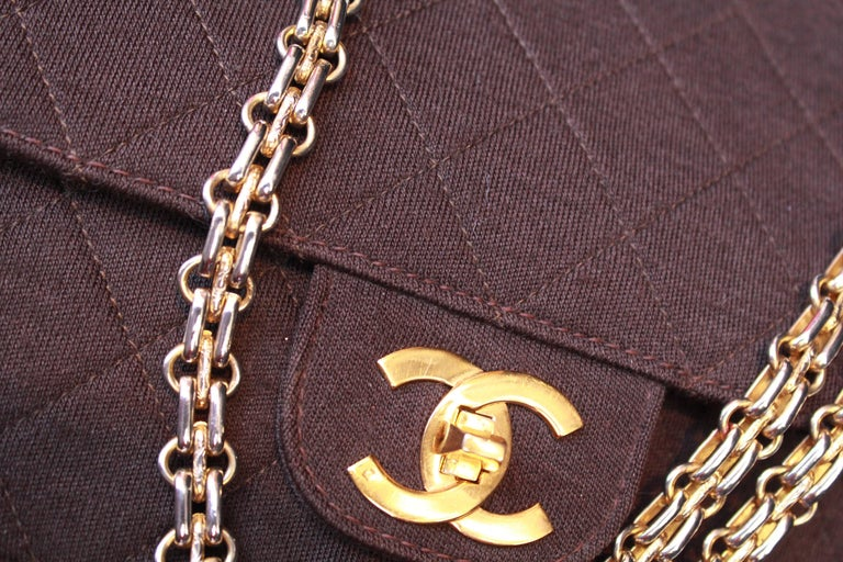 "1970-1980s Chanel ""Timeless"" brown bag For Sale 3"