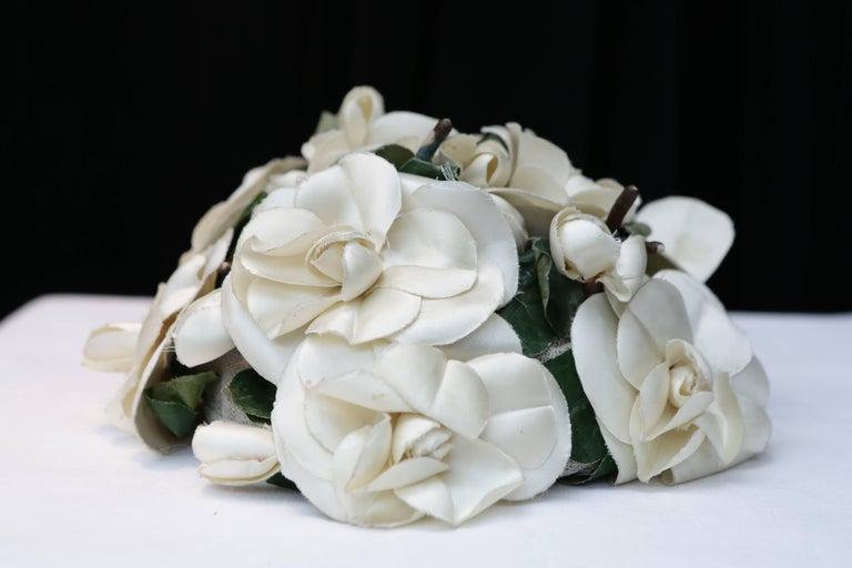 Women's 1950s Pierre Balmain fashion show flowery hat For Sale