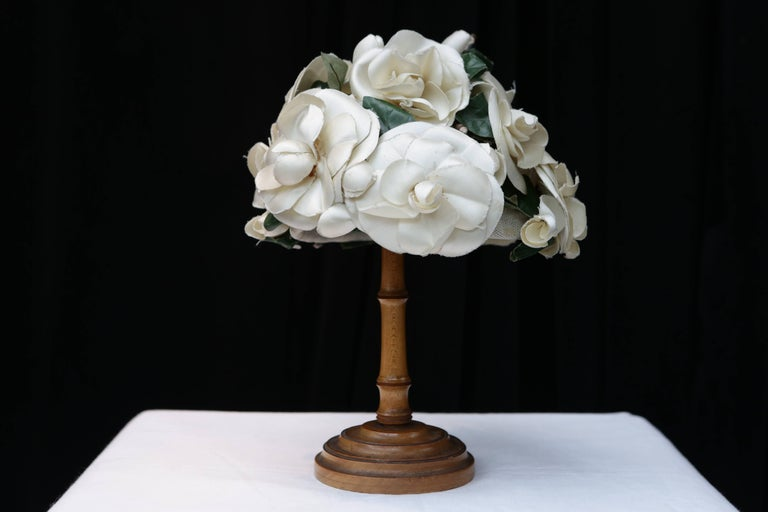 Gray 1950s Pierre Balmain fashion show flowery hat For Sale