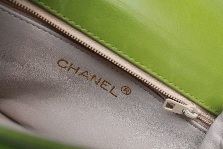 Chanel green satin jewel evening bag For Sale 4