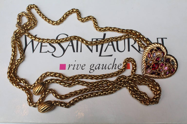 1990s Yves Saint Laurent jewel belt with heart In Excellent Condition For Sale In Paris, FR
