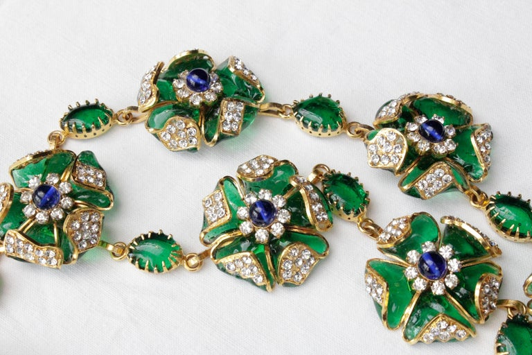 1980s Chanel exceptional glass paste demi-parure from Gripoix workshop For Sale 5