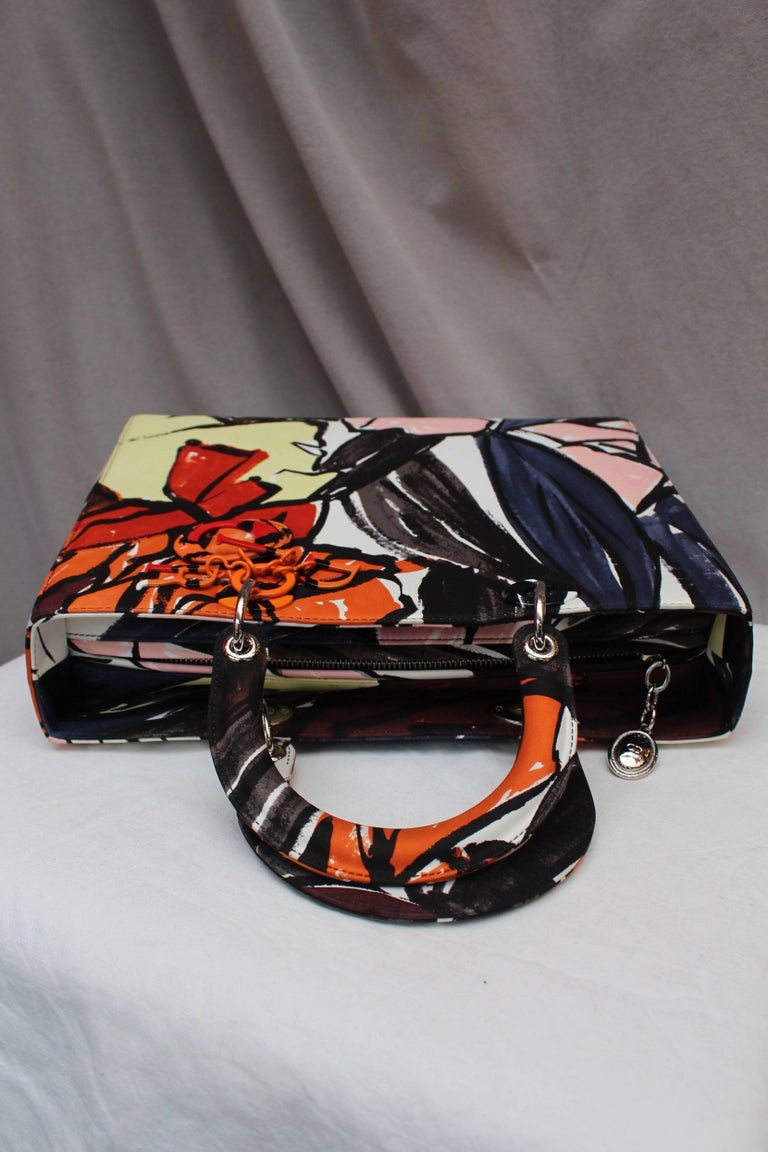 2015 Dior fabulous Lady Dior Floral Graffiti limited Edition by Raf Simons For Sale 2