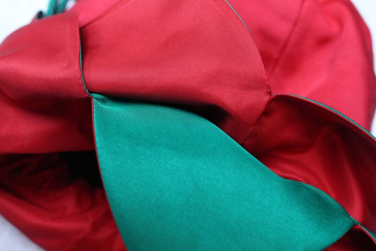 Yves Saint Laurent small red and green satin purse-shaped evening bag  For Sale 3