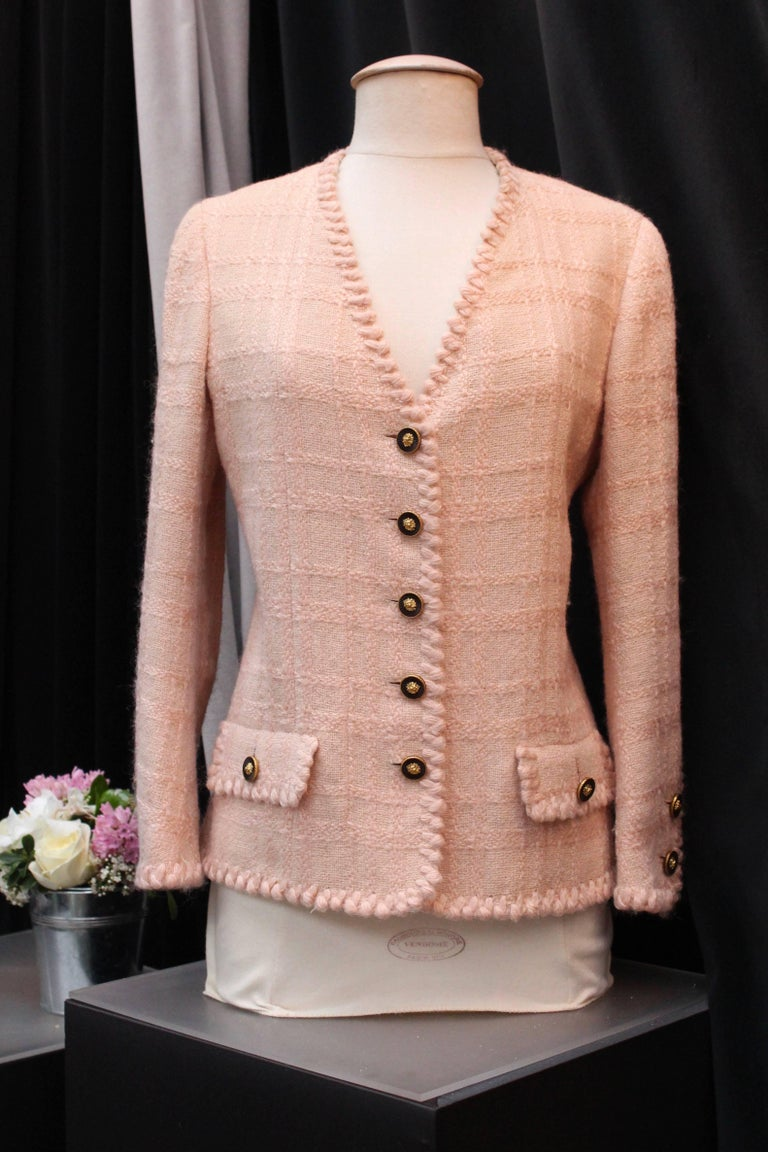Women's Chanel Haute Couture light pink wool skirt set, 1960s  For Sale