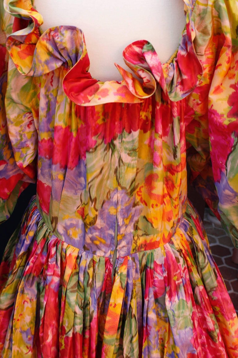 1990s Nina Ricci (attributed to) Opera dress with yellow red and green colors For Sale 1