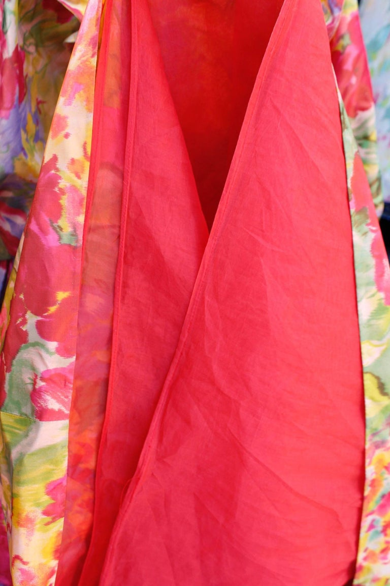 1990s Nina Ricci (attributed to) Opera dress with yellow red and green colors For Sale 5