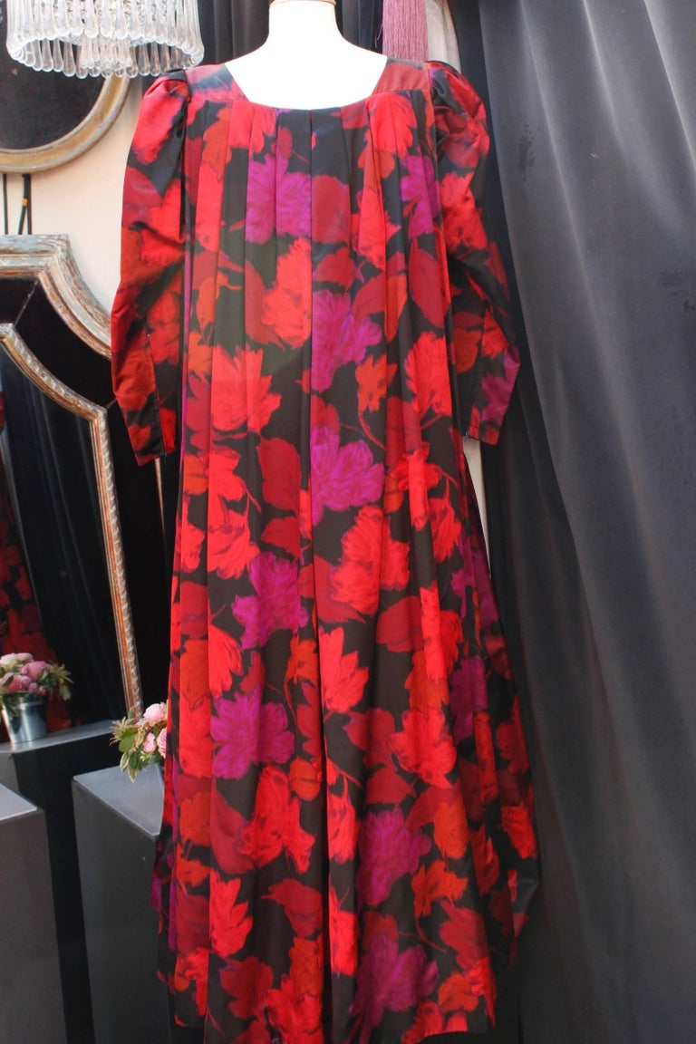 Pink Nina Ricci taffeta opera dress with black and fuchsia floral pattern print, 1990 For Sale