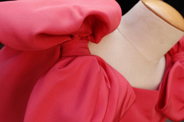 Nina Ricci pink silk opera dress with golden embroideries and bows, 1990s  For Sale 3