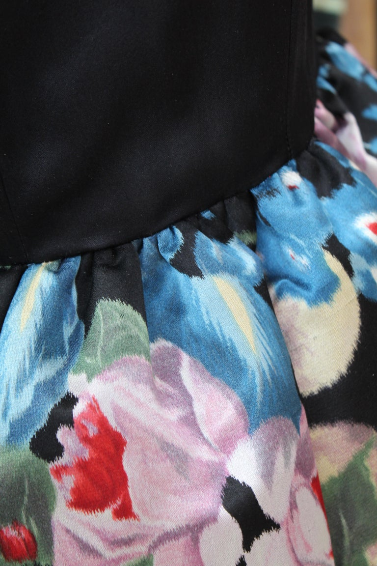 Nina Ricci silk taffeta evening gown with floral print, 1980s  For Sale 4