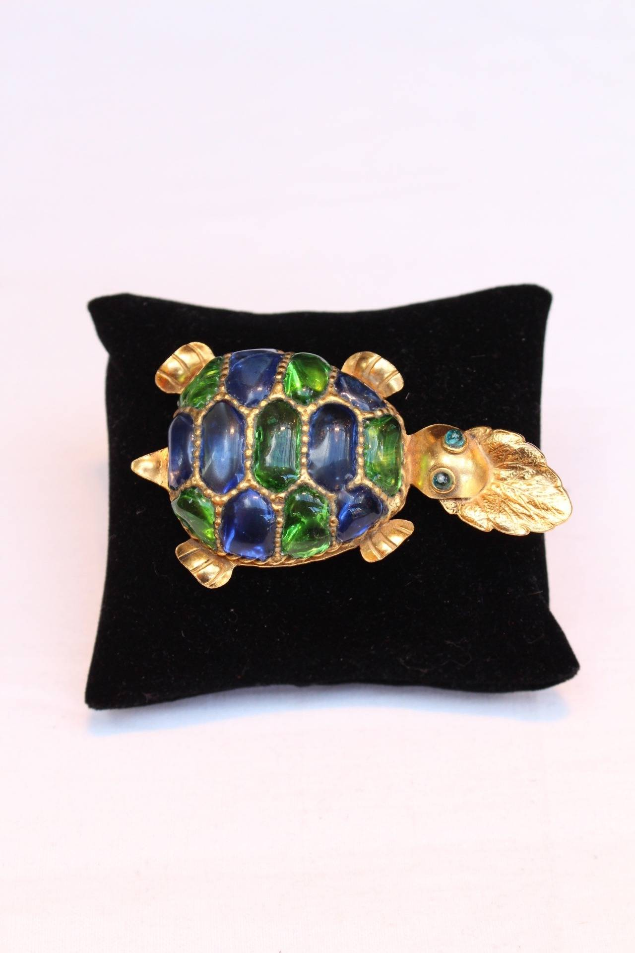 Isabel Canovas turtle brooch from the winter 1988
