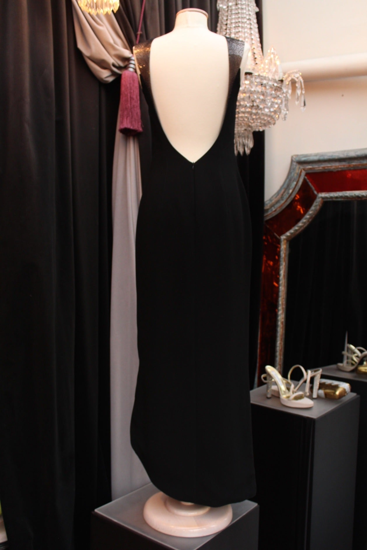 1990s Thierry Mugler Couture Black Crepe Resin and Black Bead Bib Neckline Dress In Good Condition For Sale In Paris, FR
