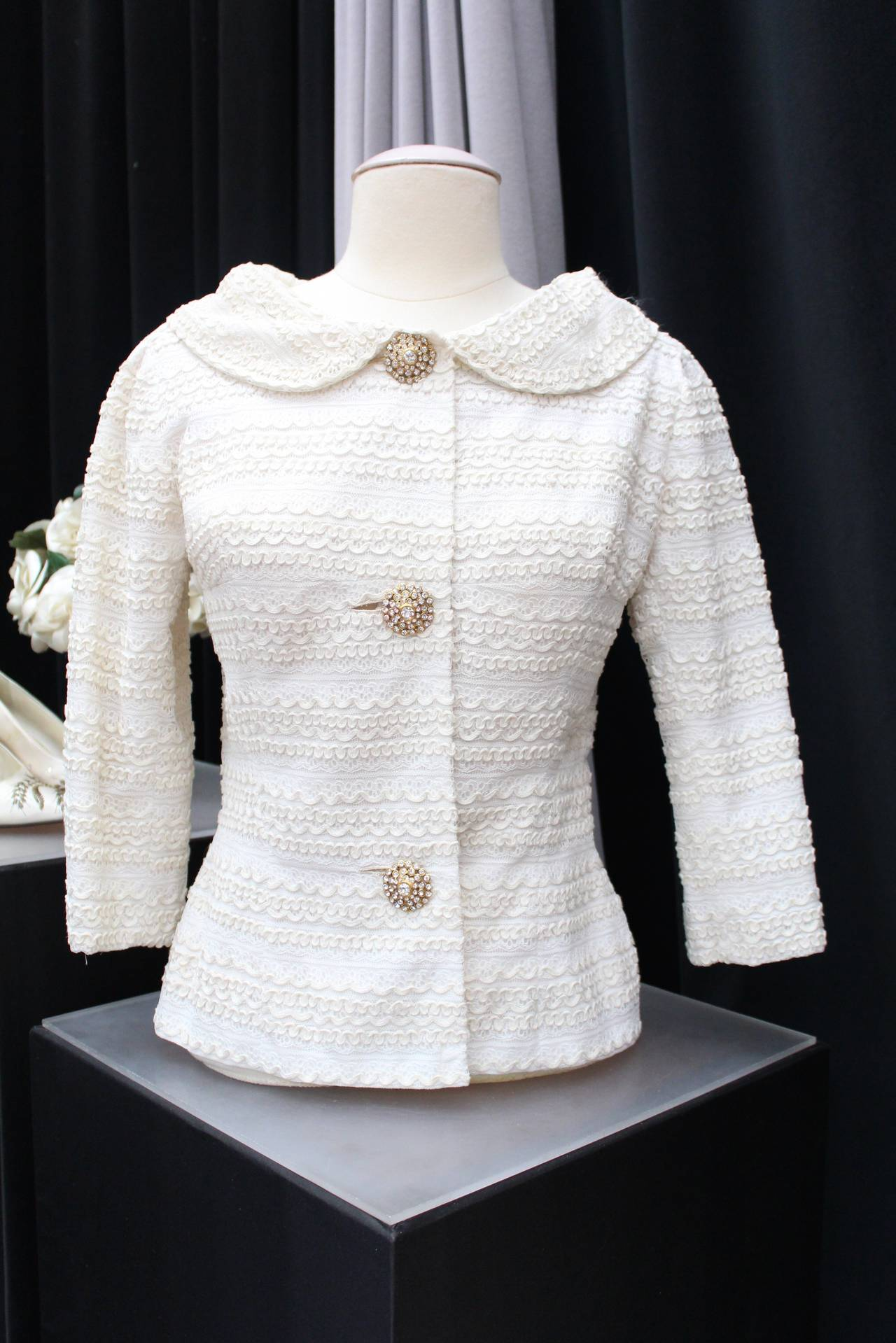 1961 Carven Haute Couture White Lace Dress and Jacket Ensemble For Sale 3