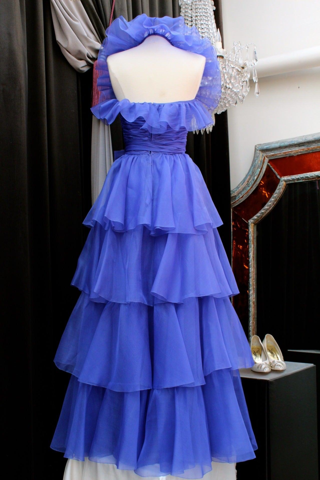 Jean-Louis Scherrer Haute Couture Blue Organza Evening Gown, 1980s  In Good Condition For Sale In Paris, FR