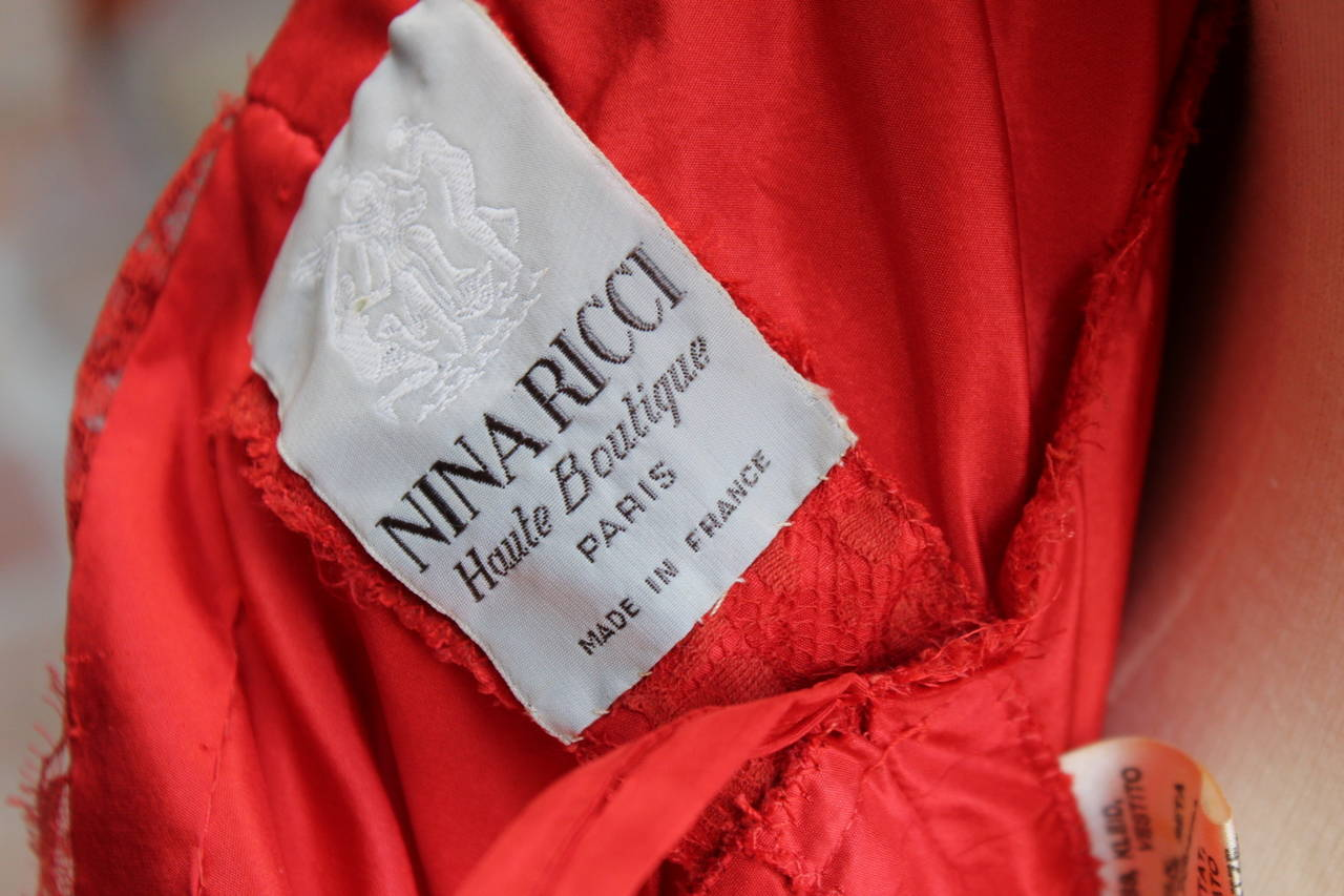 Fall 1980 Nina Ricci Haute Boutique Red Taffeta and Lace Evening Dress For Sale 6