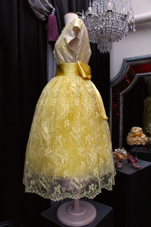 1950s Jeanne Lanvin by Castillo Yellow Lace and Tulle Ball Dress 3