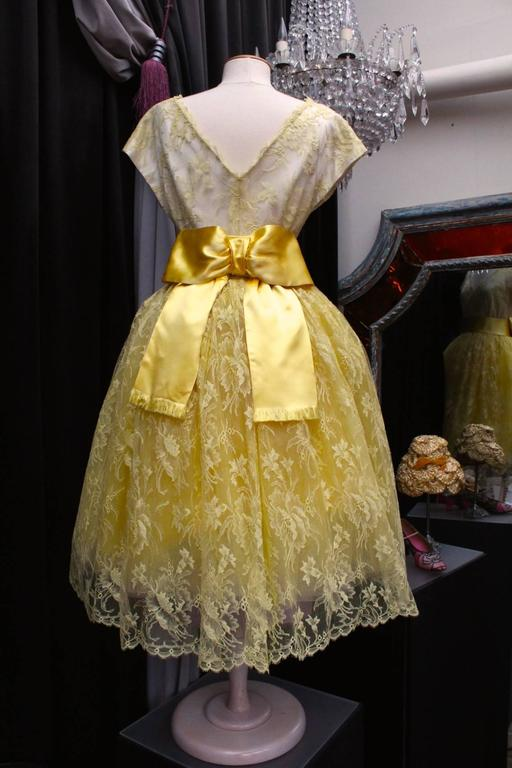 1950s Jeanne Lanvin by Castillo Yellow Lace and Tulle Ball Dress 2