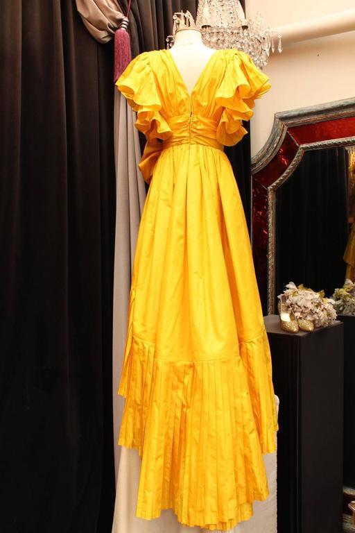 1975s Nina Ricci Haute Couture Yellow Taffetas Evening Dress 3