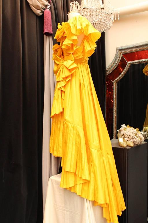 1975s Nina Ricci Haute Couture Yellow Taffetas Evening Dress 4