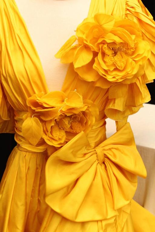 1975s Nina Ricci Haute Couture Yellow Taffetas Evening Dress 6