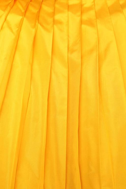 1975s Nina Ricci Haute Couture Yellow Taffetas Evening Dress 10