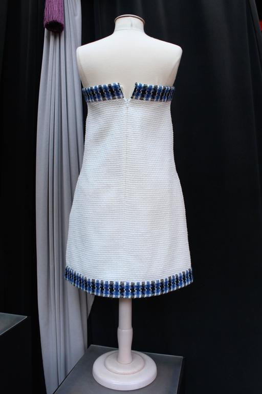 2013 Chanel Strapless Dress in White Blue and Black Cotton In Excellent Condition For Sale In Paris, FR