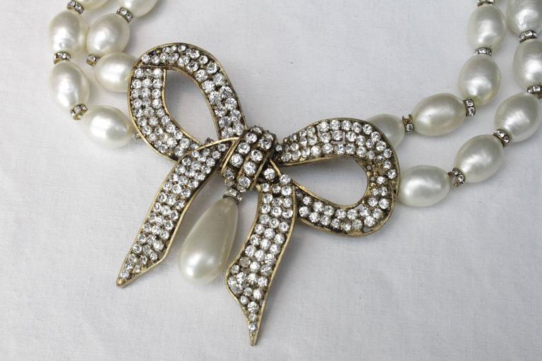 1970s Chanel Faux Pearls Necklace with Crystals Bow 4