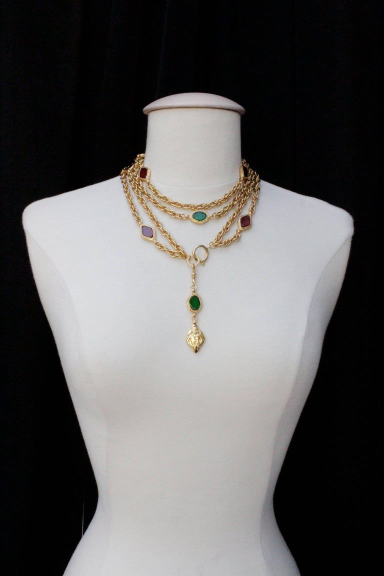 Women's 1990s, Chanel long gilded metal necklace with ruby and emerald elements For Sale