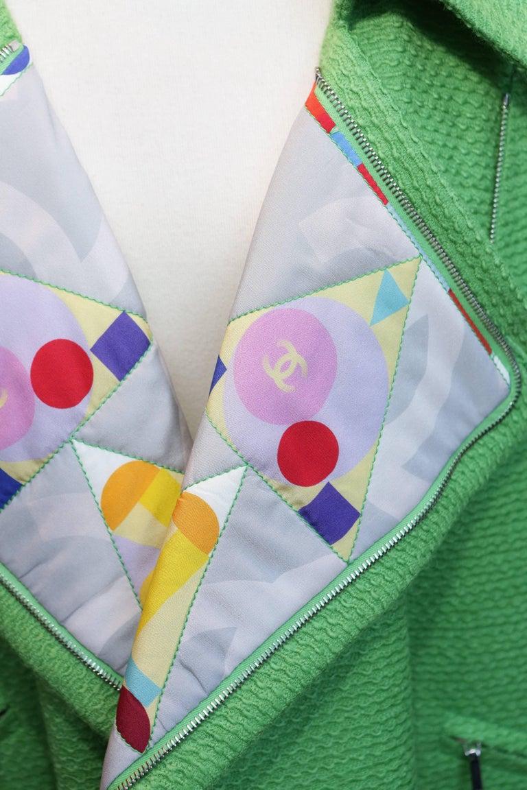 2014-2015 Chanel Oversize Coat in Apple Green Wool For Sale 1