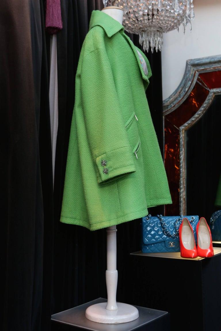 Women's 2014-2015 Chanel Oversize Coat in Apple Green Wool For Sale