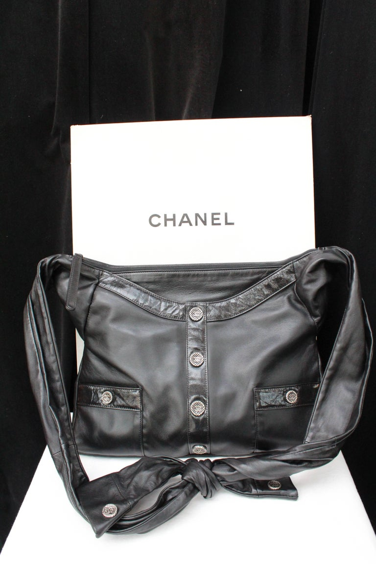 "Chanel ""Girl"" black lambskin bag, Circa 2015  In Excellent Condition For Sale In Paris, FR"