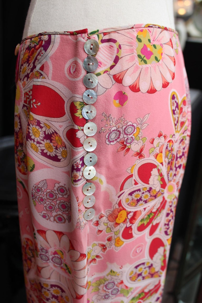 John Galliano gorgeous trench coat and pants set in pink silk with floral print For Sale 7