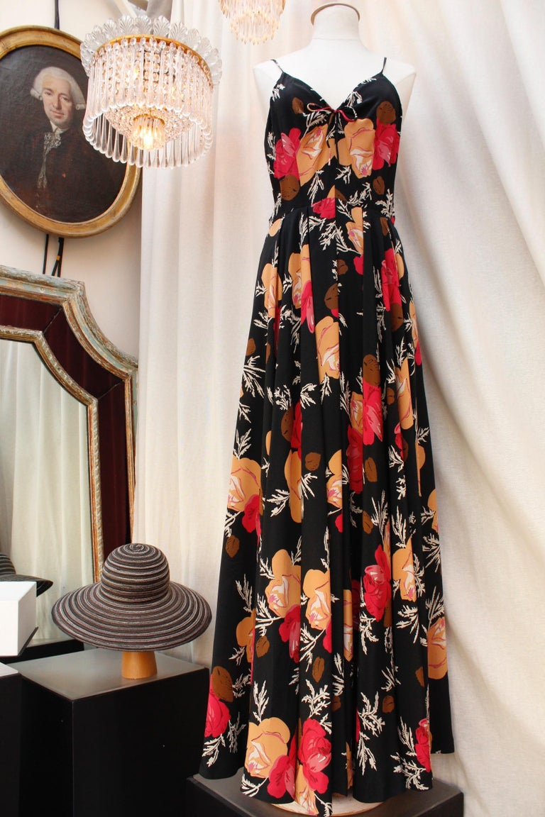 Black Nina Ricci lovely long dress with a summer jacket made of floral silk For Sale