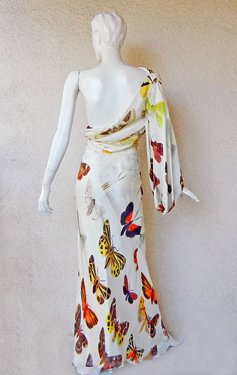 Alexander McQueen 2005 One Shoulder Bias Butterfly Gown in Ad Campaigns In Excellent Condition For Sale In Los Angeles, CA