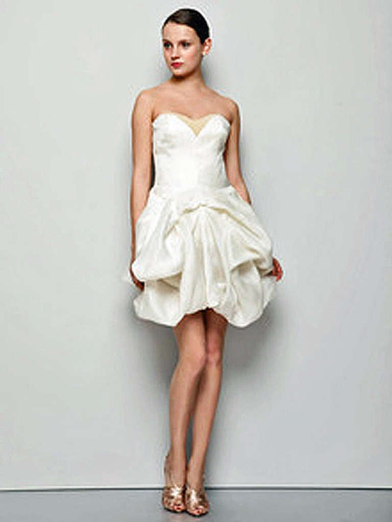 Alexander McQueen Devine 2008 Silk Draped Organza Party Pouf Dress - New  In New Condition For Sale In Los Angeles, CA