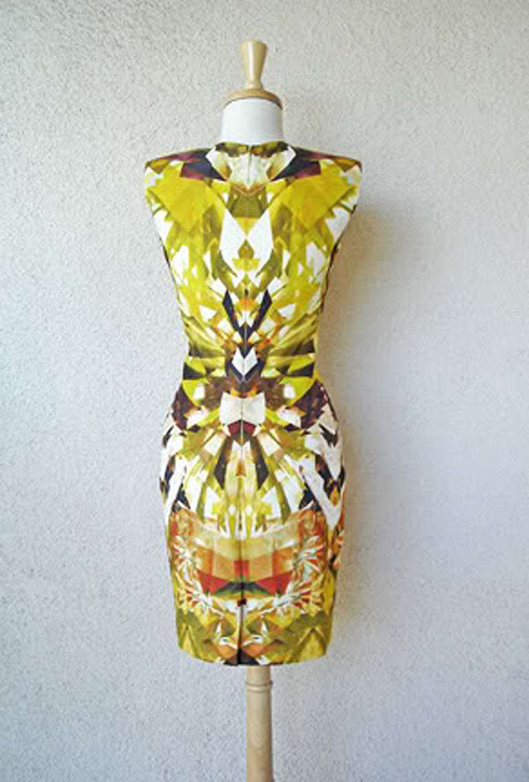 Alexander McQueen 2009 Futuristic Print Sheath Dress -new For Sale 1