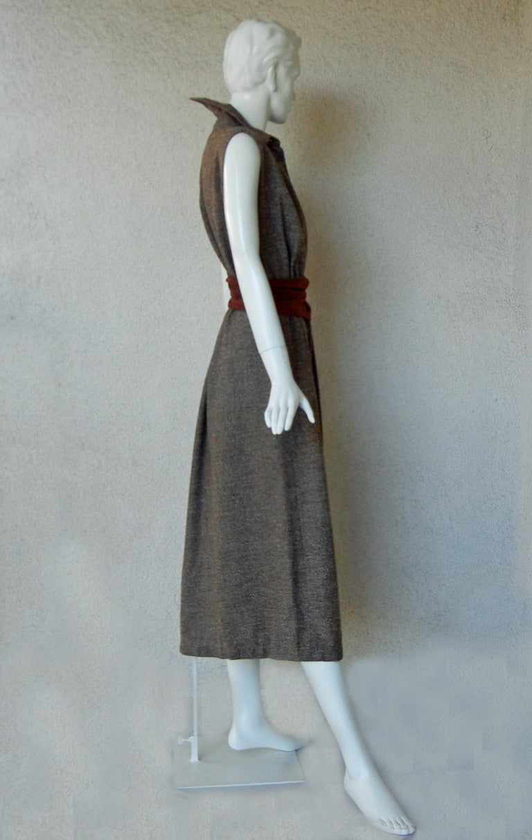 Rare Claire McCardell Monastic Dress with provenance Collectors, Museums In Excellent Condition For Sale In Los Angeles, CA